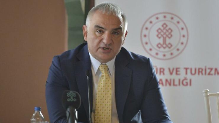 Bakan Ersoy, turizm sezonunun başlayacağı tarihi açıkladı