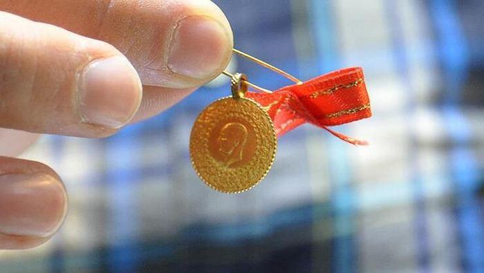 Gram altın güne 447 lira seviyesinde başladı
