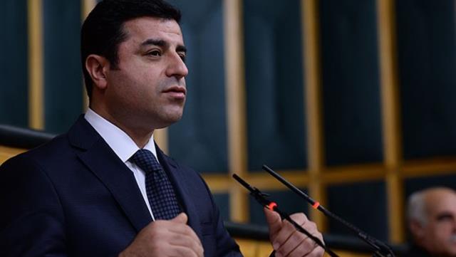 Başak Demirtaş 'Selahattin Demirtaş hapisten çıktıktan sonra tekrar siyasete girecek mi?' sorusunu yanıtladı