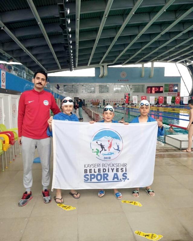 Kayseri Spor A.Ş'de iki sporcu Türkiye Finallerine katılma hakkı kazandı